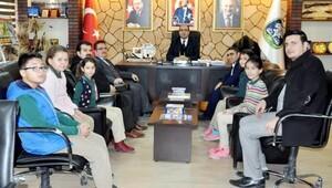 Öğrencilerden Başkan Çöle ziyaret