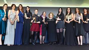 Elele AVON Kadın Ödülleri, önceki gece sahiplerini buldu
