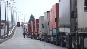 AB Komisyonu: Türk TIR'cıdan para alınamaz