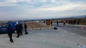 Kontrolden çıkan otomobil takla attı: 1 ölü, 1 yaralı