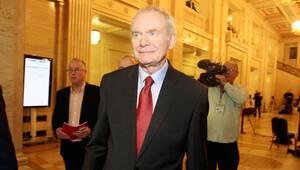 McGuinness aday olmayacağını açıkladı