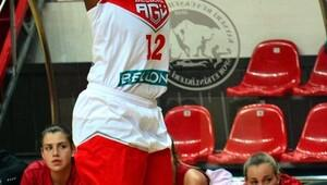 Bellona AGÜ Sporda galibiyet sevinci