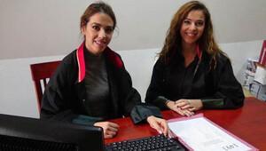 İkiz avukat kardeşler reklam filminde