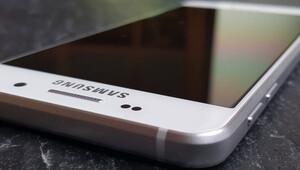 Galaxy A3, Galaxy A5 ve Galaxy A7 Türkiyede