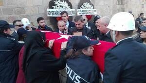 Şehit polis, memleteki Nevşehirde son yolculuğuna uğurlandı