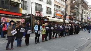 Ankarada anayasa değişikliği ve kadına yönelik şiddet protestosu /FOTOĞRAFLAR