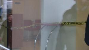 Bankada tartıştığı kişiyi tabancayla vurup kaçtı