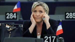 Le Pen için 'dokunulmazlık' başvurusu