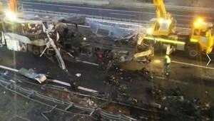 İtalyada otobüs kazası: 16 ölü