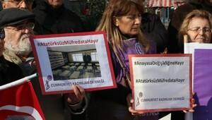 Beşiktaşta Askeri okullar kapatılmasın eylemi