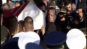Cumhurbaşkanı Erdoğan, şehit Selim Topalın cenaze törenine katıldı (1)