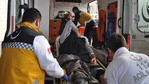 Piliç tesisi çatısı tadilat sırasında çöktü: 1 ölü, 3 yaralı