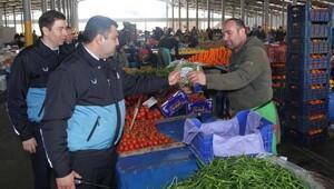 Karabağlar'da tüm pazaryerleri kontrol altında