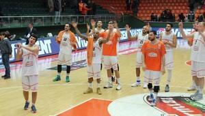 Banvit–Yeşilgiresun Belediyespor: 91-71