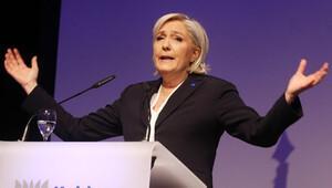 Le Pen: AB 'Hayır' derse Fransa'nın üyeliğini oylatırım