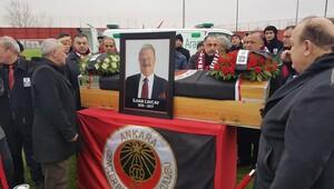 İlhan Cavcav için cenaze töreni düzenleniyor