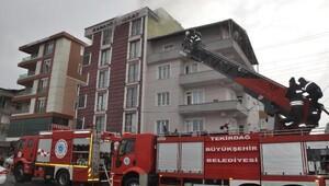 Devrilen elektrikli ısıtıcının çıkardığı yangını itfaiye söndürdü