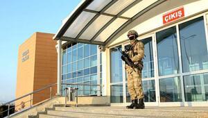 Darbe davasında yargılanan El Babdaki askerlere tebligat yapılamadı