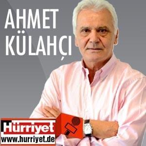 İlk Türk kökenli Bakan 'Kalpten kabullenildim'