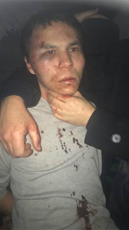 Reina saldırganı terörist polisi görünce böyle saklanmaya çalıştı