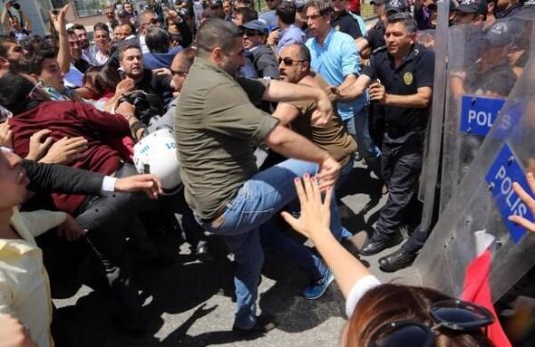 Kılıçdaroğlu'na destek gösterisinde olay