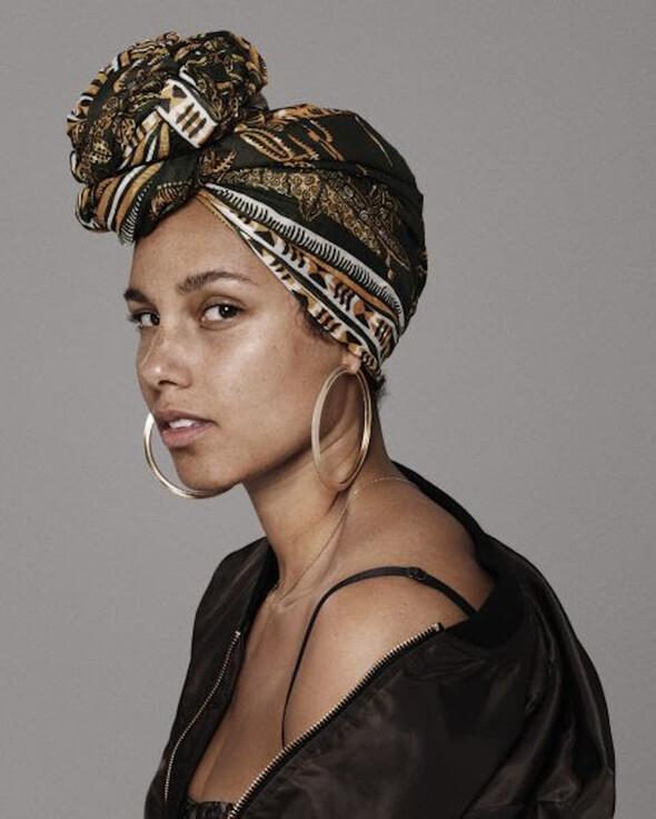 Alicia Keys'ten Makyaja Hayır hareketi