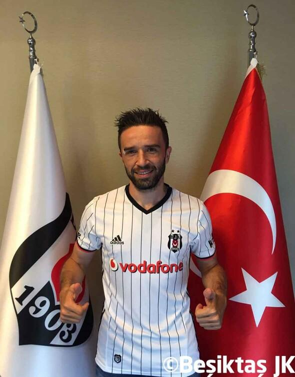 İşte Beşiktaş formalı Gökhan Gönül...