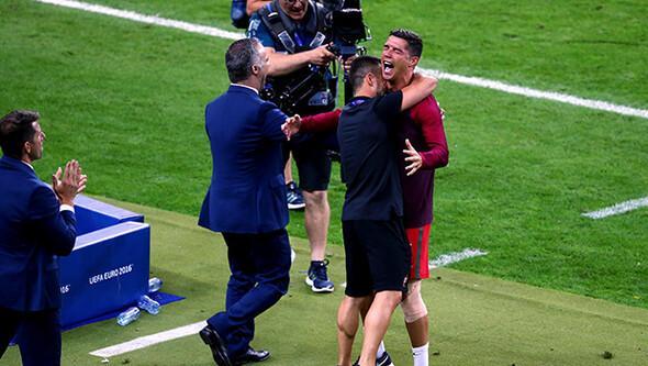 Dünya Ronaldo'yu konuşuyor! Hocasını hırpaladı...