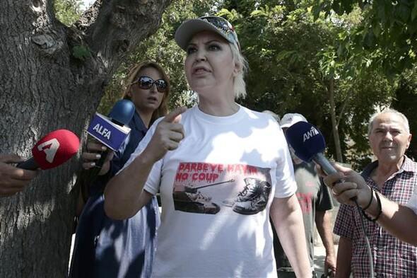 Darbeci askerler Yunanistan'da yargılanıyor