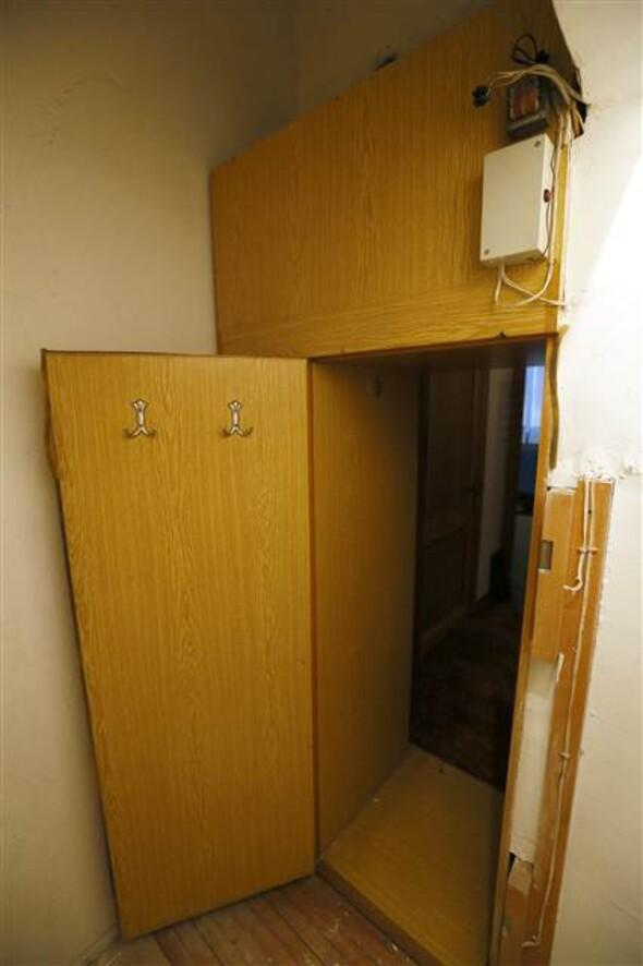 Polis ipi çekti gizli oda ortaya çıktı
