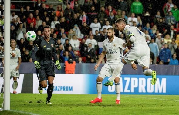 Real Madrid - Sevilla maçından kareler