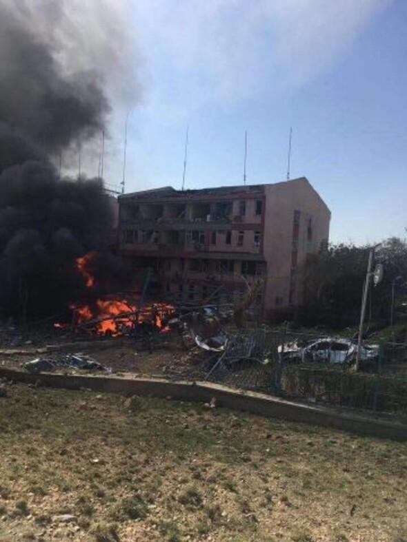 Elazığ'da bombalı saldırı! İlk fotoğraflar