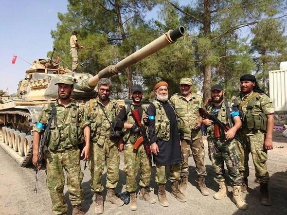 Türk tanklarını onlar karşıladı