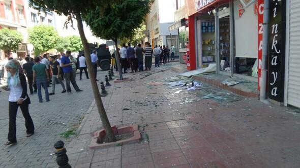 Van'da bomba yüklü araçla terör saldırısı