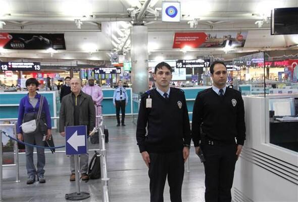 2016. november 10. 09:05 - Atatürk reptér - Forrás: Hürriyet