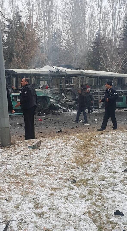 Olay yerinden fotoğraflar