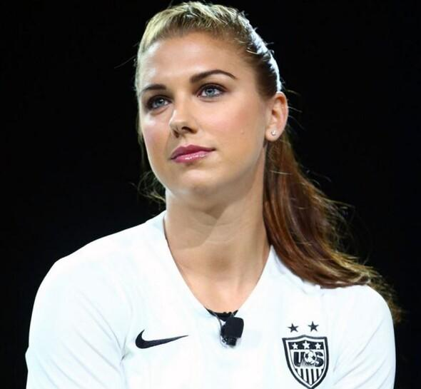 Alex Morgan Lyonda