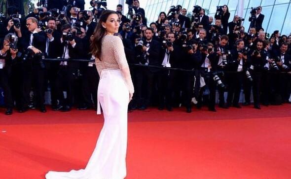 FIFAnın ödül törenini güzel aktris Eva Longoria sunacak