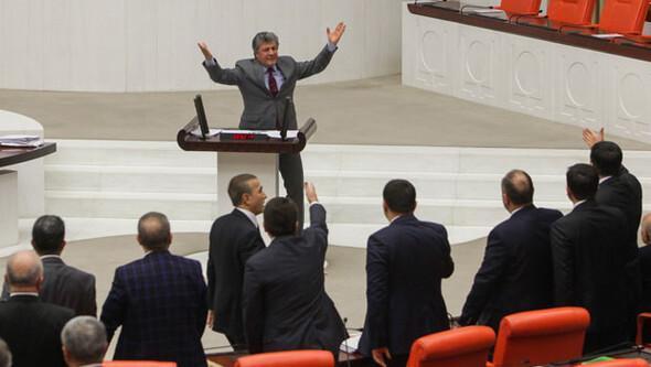 Meclis karıştı