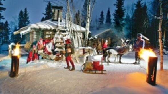 Geyikler, Noel Baba yerindeydi kuzey ışıkları sürpriz yaptı