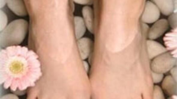 Ayaklar neden şişer
