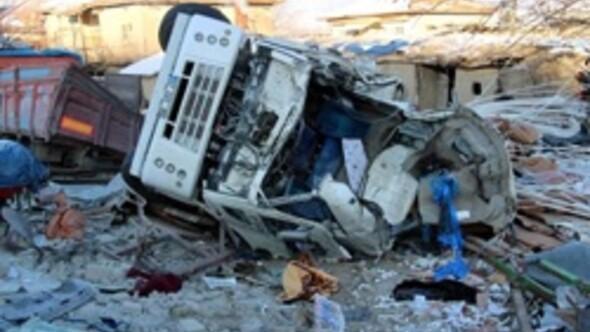 Afyonkarahisarda trafik kazası: 2 ölü
