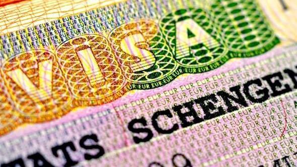 AB'den suçlama: Yunanistan Schengen'i sarsıyor