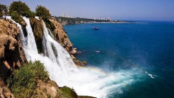 Antalyada turizmi canlandırmak için bakanlığa Madonna önerisi gitti