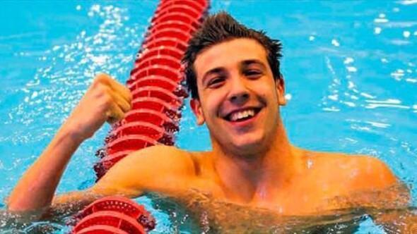 Milli yüzücü Emre Sakçının rekoru onaylandı