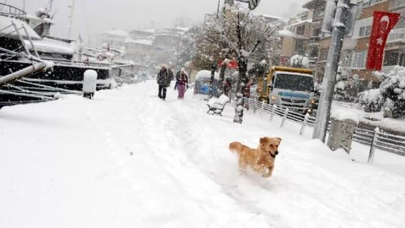 fotoğraflar//İstanbulda kar eğlenceye dönüştü