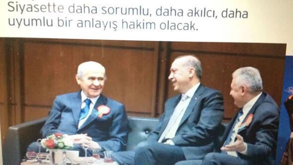 AK Parti kitapçığında Bahçeli sürprizi
