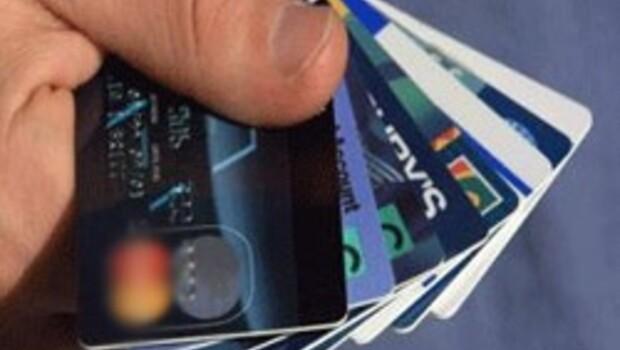 10 yıllık kart aidatını geri almak için binlerce başvuru