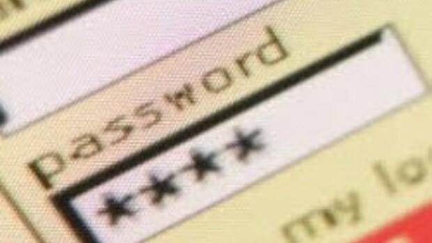 Güvenli şifre belirmek için 4 basit adım