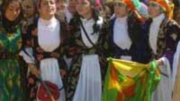 Thousands of Kurds demonstrate on Nevruz
